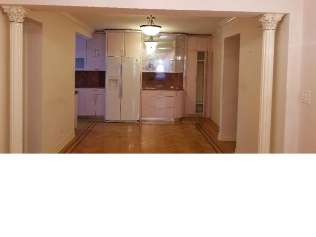 2 BR,  2.00 BTH Apartment style home in Briarwood