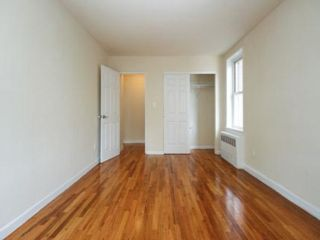 2 BR,  1.00 BTH  style home in Briarwood