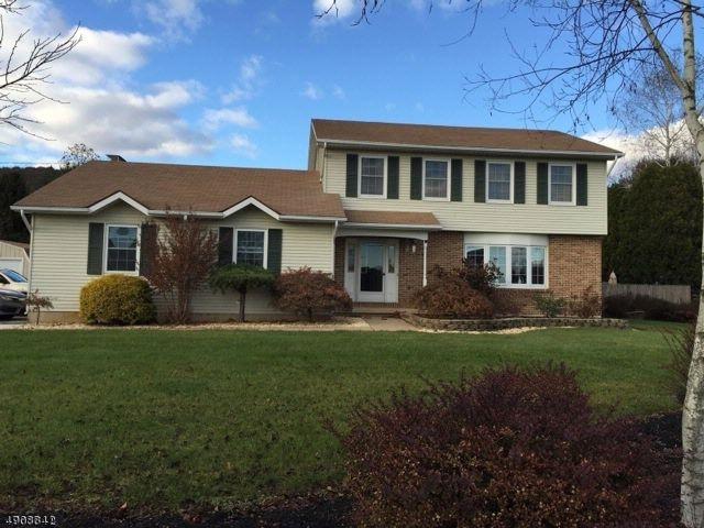 [Elmhurst Real Estate, listing number 6898835]