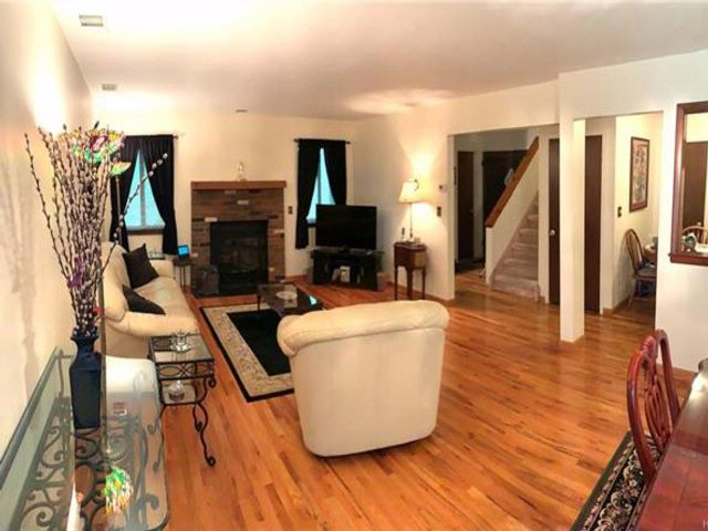 3 BR,  1.50 BTH Town house style home in Highland Mills