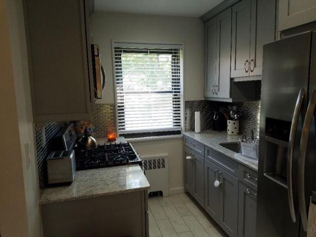 [Whitestone Real Estate, listing number 6899923]