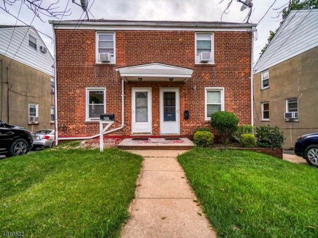 3 BR,  1.55 BTH Duplex style home in Belleville