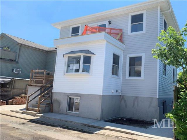 4 BR,  5.00 BTH  Single family style home in Gerritsen Beach