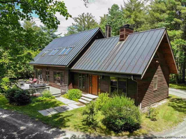 3 BR,  3.00 BTH  Contemporary style home in Saugerties
