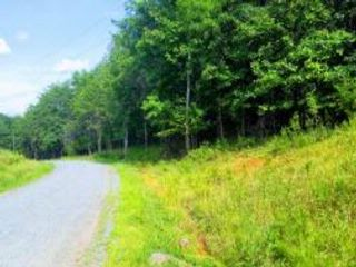 Lot <b>Size:</b> 407.68 x 530 x 1 Lot style home in Pittsville
