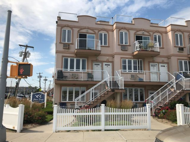 [Rockaway Park Real Estate, listing number 6901693]
