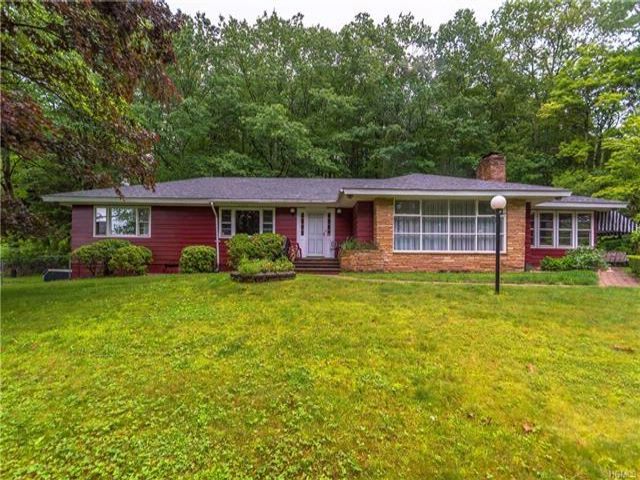 3 BR,  3.50 BTH  Ranch style home in South Fallsburg