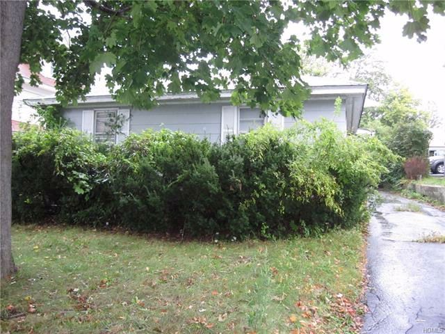 5 BR,  5.00 BTH  Other style home in White Plains
