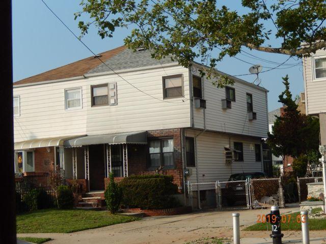 3 BR,  1.50 BTH Duplex style home in Canarsie