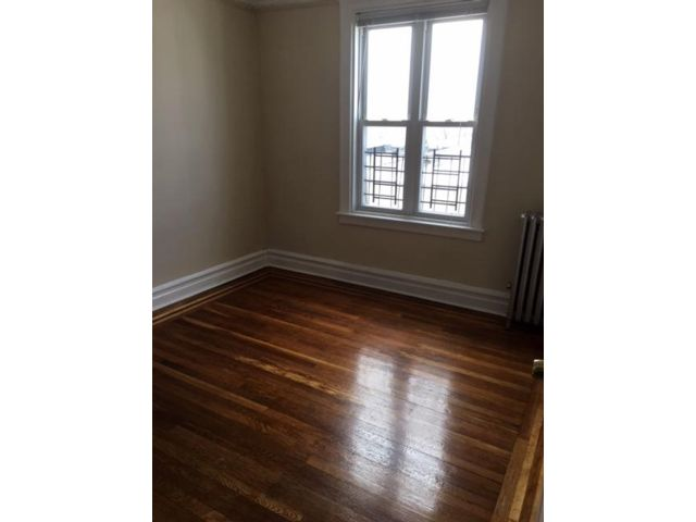 [Bronx Real Estate, listing number 6902504]
