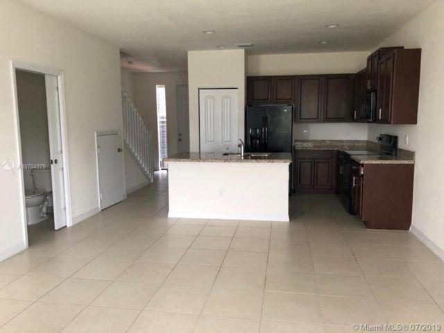 3 BR,  2.50 BTH Apartment style home in Pompano Beach
