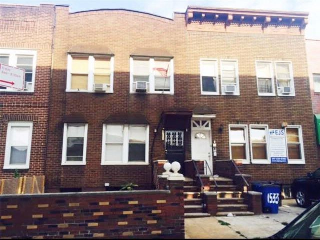 7 BR,  5.00 BTH Multi-family style home in Midwood