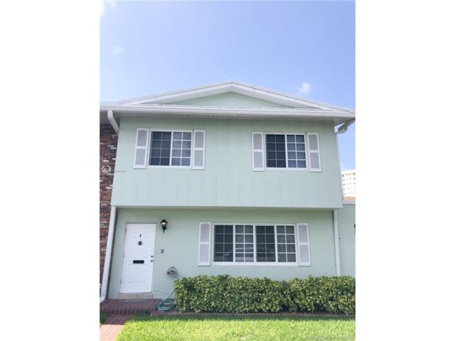 3 BR,  2.50 BTH Townhouse style home in Lauderdale By The Sea