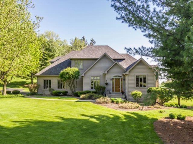5 BR,  3.50 BTH Traditional style home in Bartlett