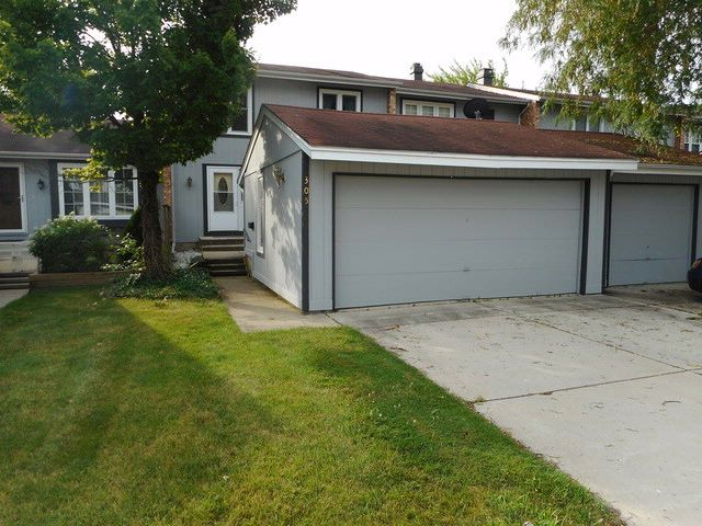 3 BR,  1.50 BTH House style home in Bloomingdale