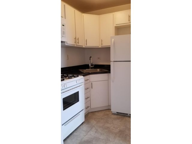 Studio,  1.00 BTH   style home in Jamaica Estates