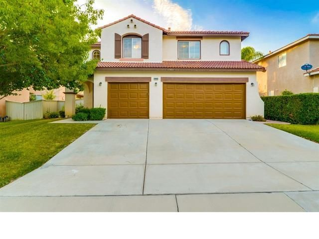 4 BR,  2.50 BTH  style home in Temecula