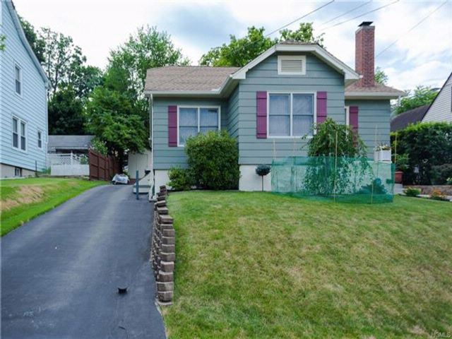 2 BR,  1.00 BTH Capecod style home in Middletown