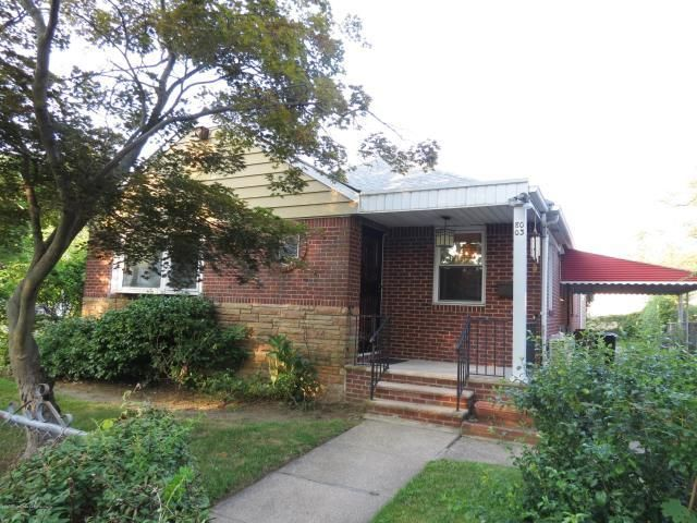 3 BR,  2.50 BTH  Ranch style home in Queens Village