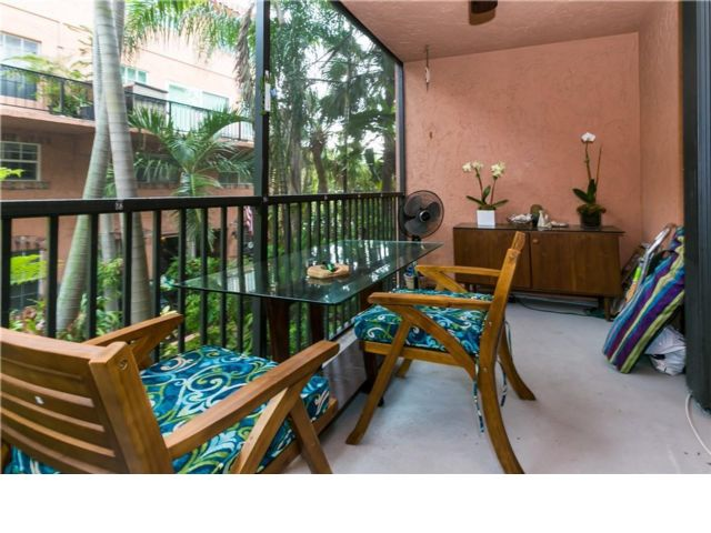 2 BR,  2.00 BTH  Apartment style home in Fort Lauderdale