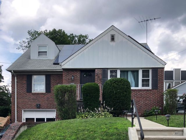 3 BR,  3.00 BTH  Cape code style home in Rutherford