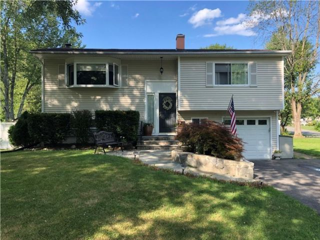 [Yorktown Heights Real Estate, listing number 6910954]