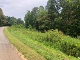 Lot <b>Size:</b>  Lot style home in Rocky Mount