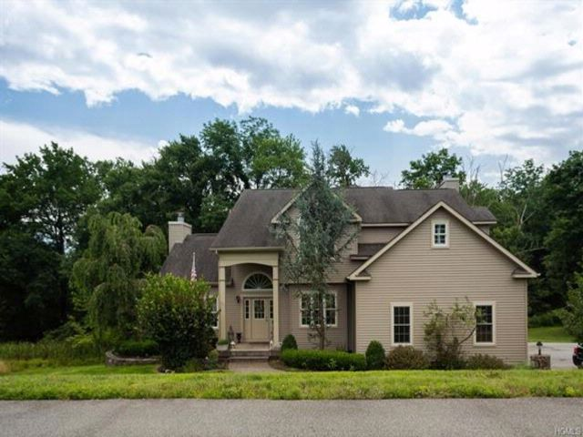 4 BR,  2.50 BTH Colonial style home in Westtown