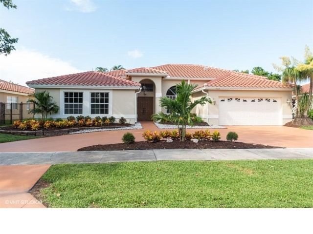 4 BR,  2.00 BTH  style home in Coconut Creek