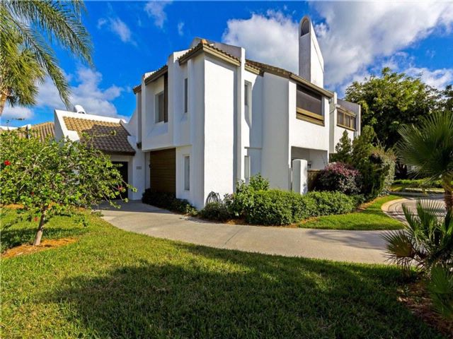 [Vero Beach Real Estate, listing number 6912551]