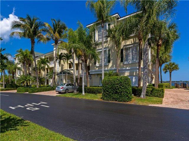 [Vero Beach Real Estate, listing number 6912569]