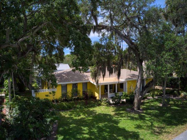 [Vero Beach Real Estate, listing number 6912573]