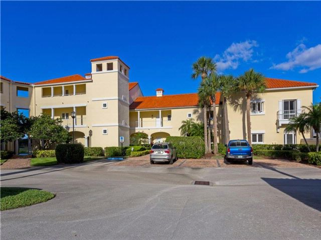 [Vero Beach Real Estate, listing number 6912574]