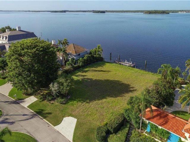 [Vero Beach Real Estate, listing number 6912575]