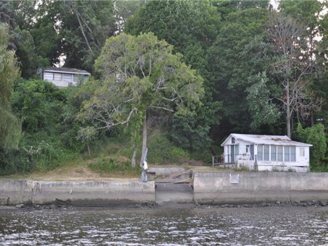 2 BR,  2.00 BTH Cottage style home in Port Ewen
