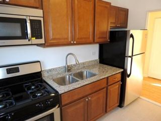 [Long Beach Real Estate, listing number 6914750]