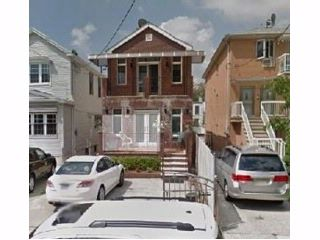 4 BR,  2.50 BTH  Single family style home in Gravesend