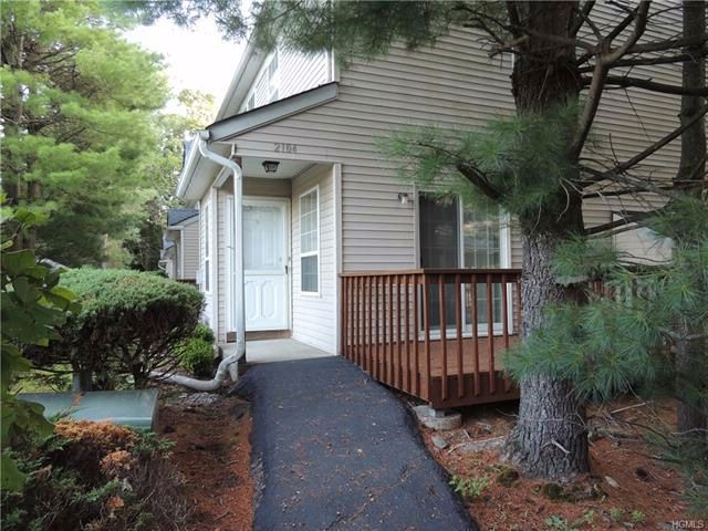 2 BR,  1.50 BTH Town house style home in Highland Mills
