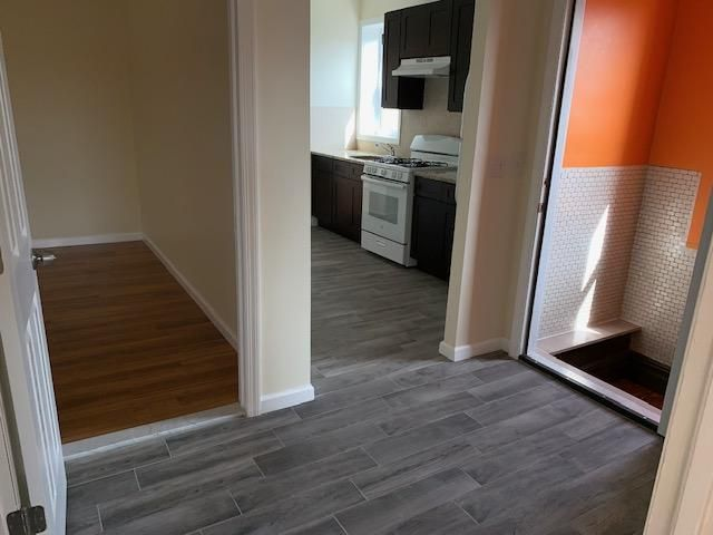 3 BR,  1.00 BTH  style home in Bronx