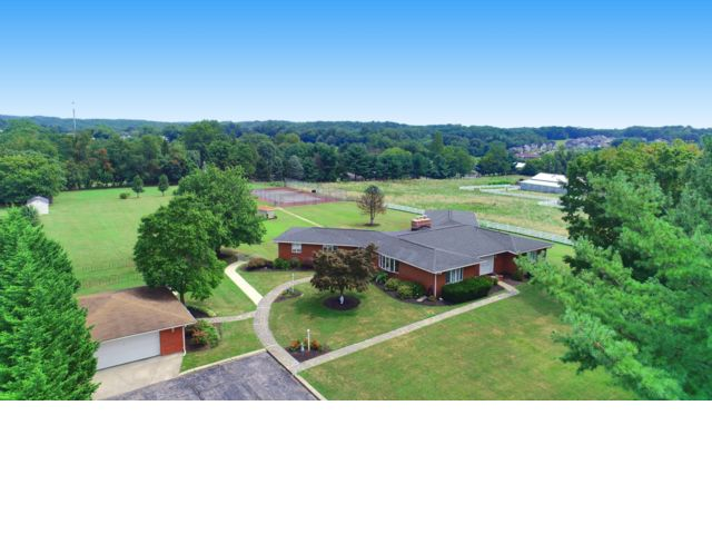 7 BR,  3.50 BTH Ranch style home in Perry Hall