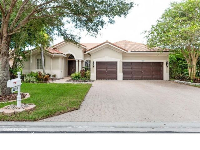 2 BR,  4.00 BTH   style home in Coral Springs