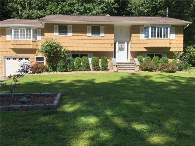 [Mahopac Real Estate, listing number 6920206]