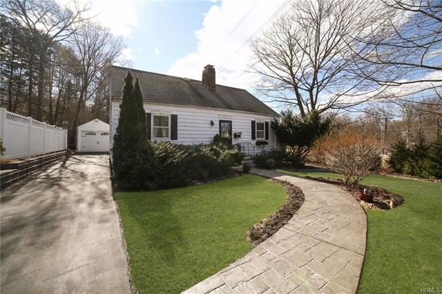 4 BR,  2.00 BTH  Capecod style home in Pleasantville