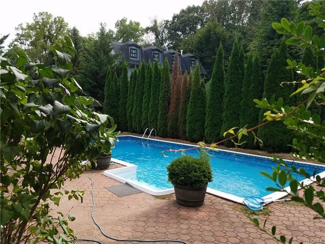 5 BR,  3.00 BTH Colonial style home in Airmont