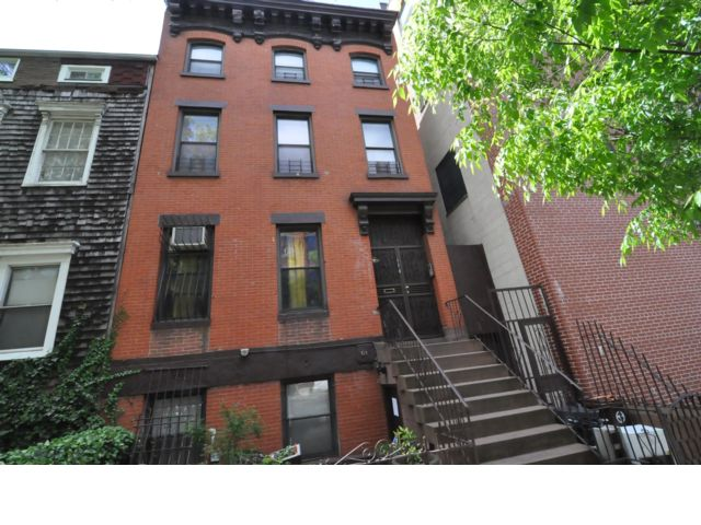 4 BR,  4.00 BTH  Brownstone style home in Fort Greene