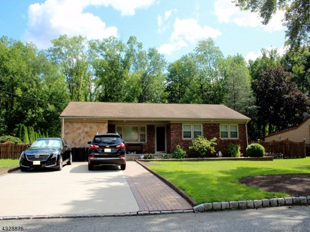 3 BR,  1.50 BTH Ranch style home in Fairfield