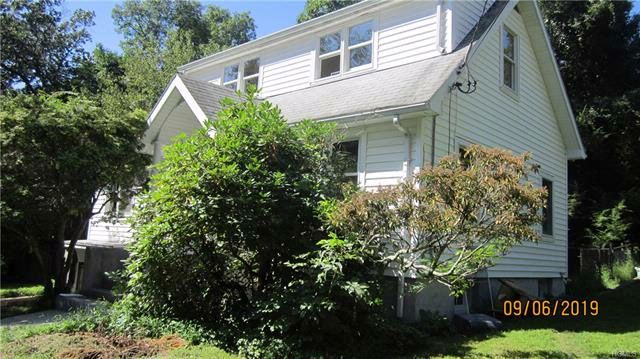2 BR,  1.00 BTH  Colonial style home in Pleasantville
