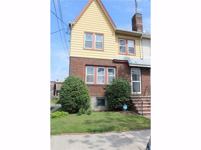 3 BR,  1.55 BTH  Colonial style home in Throggs Neck