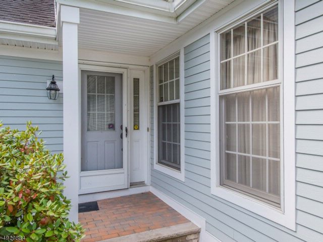 2 BR,  2.50 BTH  Townhouse-inter style home in Montville