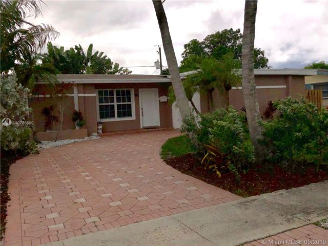 3 BR,  2.00 BTH Other style home in Sunrise